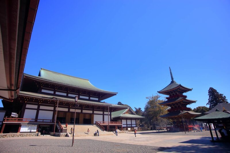 千葉県成田市にある成田山と成田山新勝寺は同一の場所
