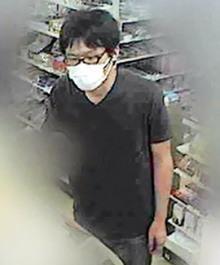 千葉県警、コンビニ強盗の画像を公開
